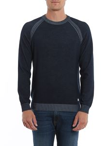 CP Company - Sweater in faded blue with raglan sleeves