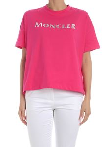 Moncler - Oversized T-shirt in fuchsia with silver logo