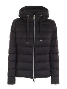 Herno - Quilted black down jacket featuring hood