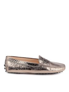 Tod's - Crackled leather driver loafers in bronze color