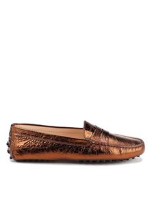 Tod's - Crackled leather loafers in copper color
