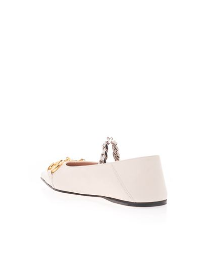Gucci - Clamp and chain Ballerina shoes in white