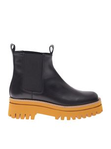 Paloma Barceló - Obido ankle boots in black and mustard color