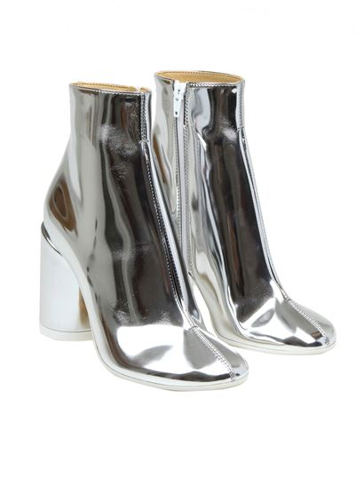 MM6 Maison Margiela - Tabi laminated ankle boots in silver
