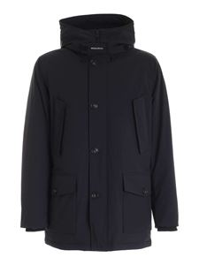 Woolrich - Tech Stretch Arctic down jacket in black