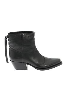 HTC - Texan Low ankle boot in black