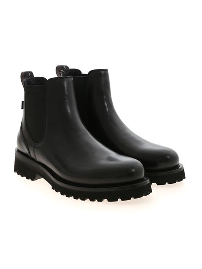 Woolrich - Chelsea ankle boots in black