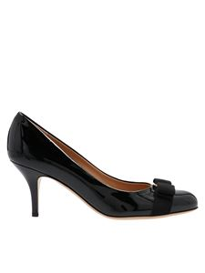 Salvatore Ferragamo - Carla 70 pumps in black