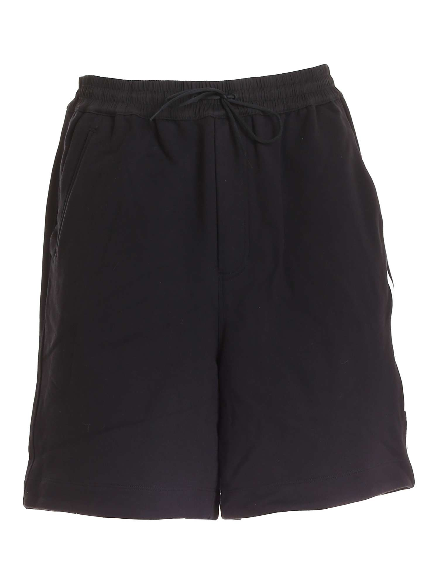 Y-3 LOGO PATCH BERMUDA SHORTS IN BLACK