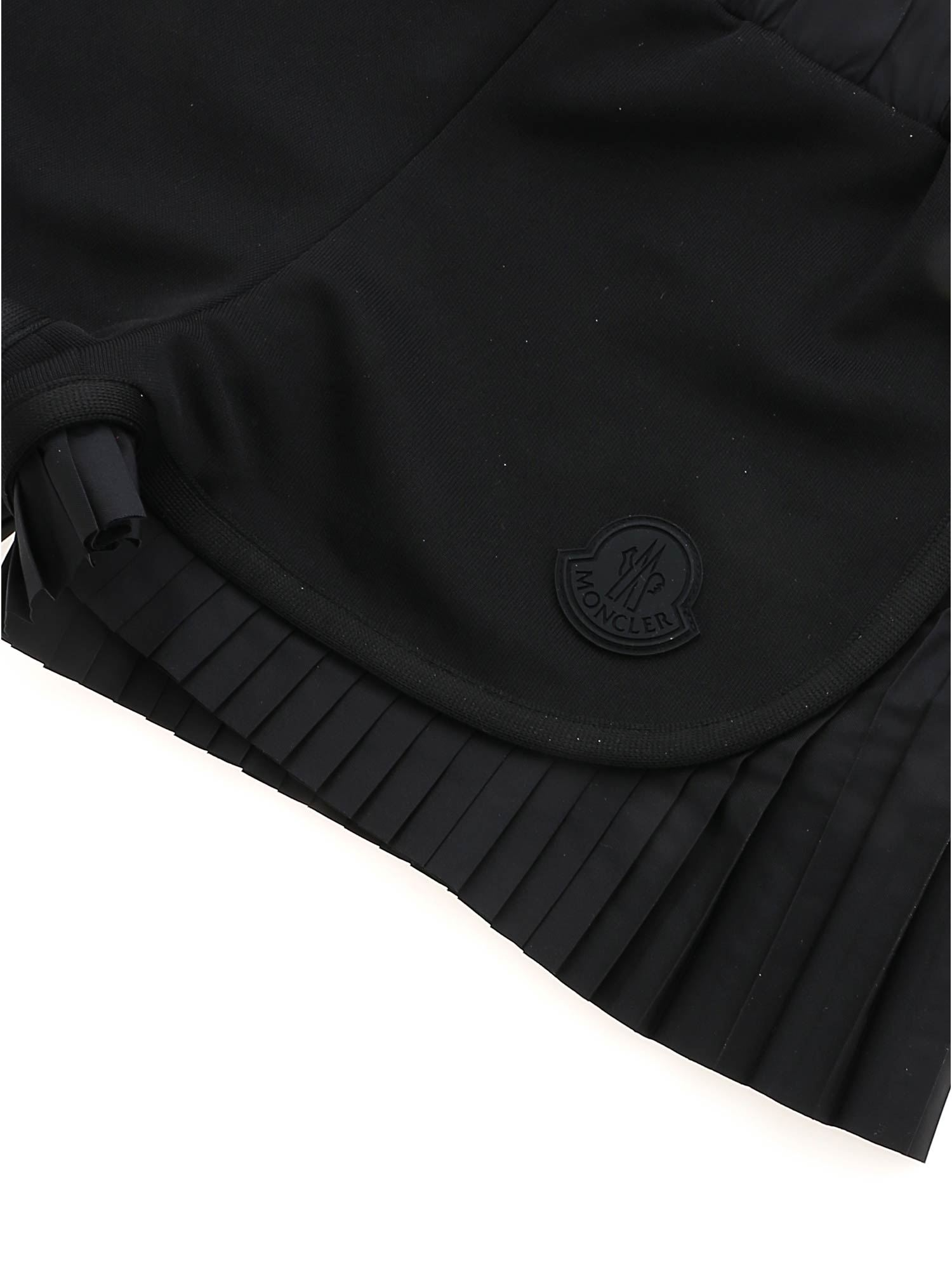 MONCLER JR Cottons PLEATED DETAILS SHORTS IN BLACK