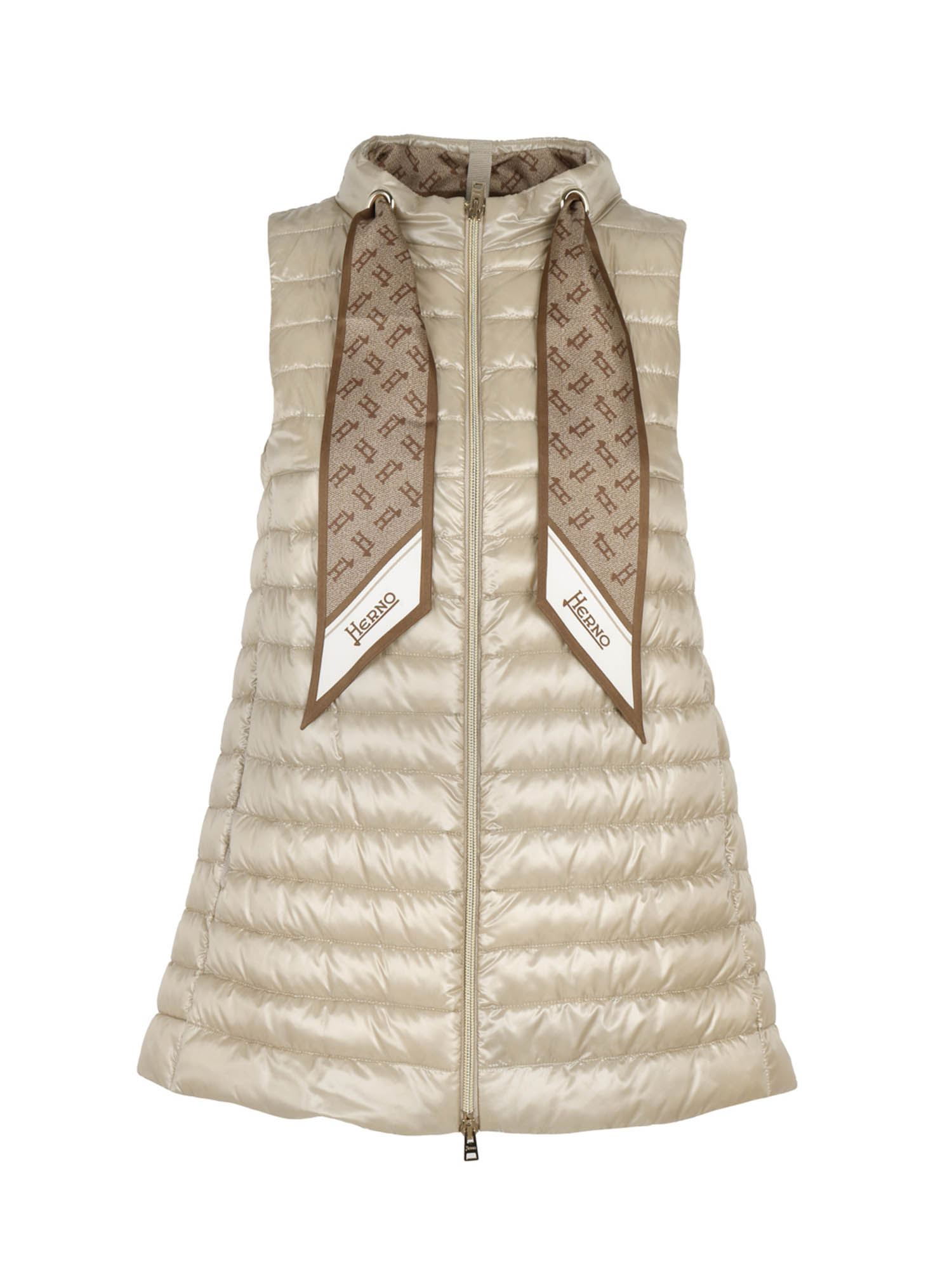 Herno SCARF SLEEVELESS DOWN JACKET IN SAND COLOR