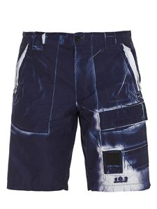 CP Company - Marble effect bermuda trousers in blue