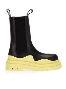 Bottega Veneta - Leather ankle boots in black and yellow
