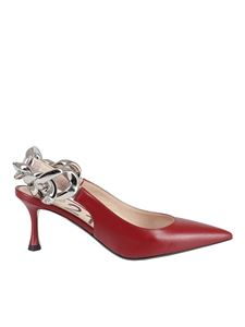 N° 21 - Chain detailed slingback in red