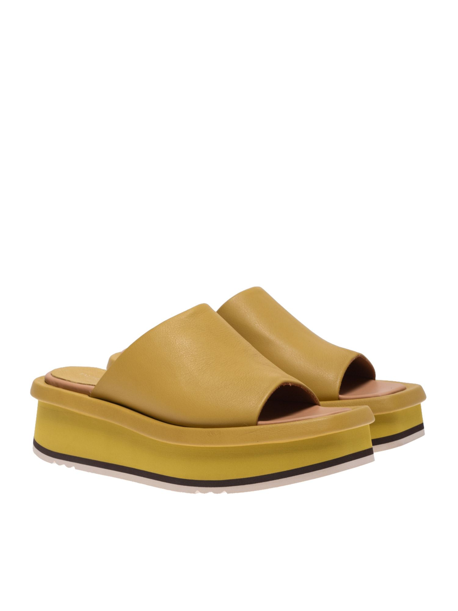 Paloma Barceló MAICI SANDALS IN OCHER COLOR