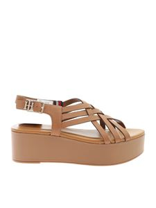 Tommy Hilfiger - Braided wedge sandals in tan color