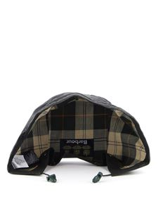 Barbour - Classic Sylkoil Hood in green