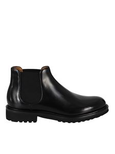 Doucal's - Smooth leather ankle boots in black