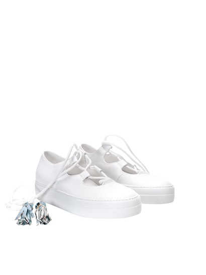 White leather sneakers, open on the front, lace-up closure with multicolor tassels detail , rubber sole. - L'Autre Chose - Leather sneakers