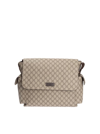 Shoulder bag Color: beige GG Supreme print Side flap pockets Inner pockets Adjustable shoulder strap Changing table included Velcro closure - Gucci - Mom bag