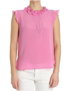 True Royal - Pink top with ruffles on the neckline